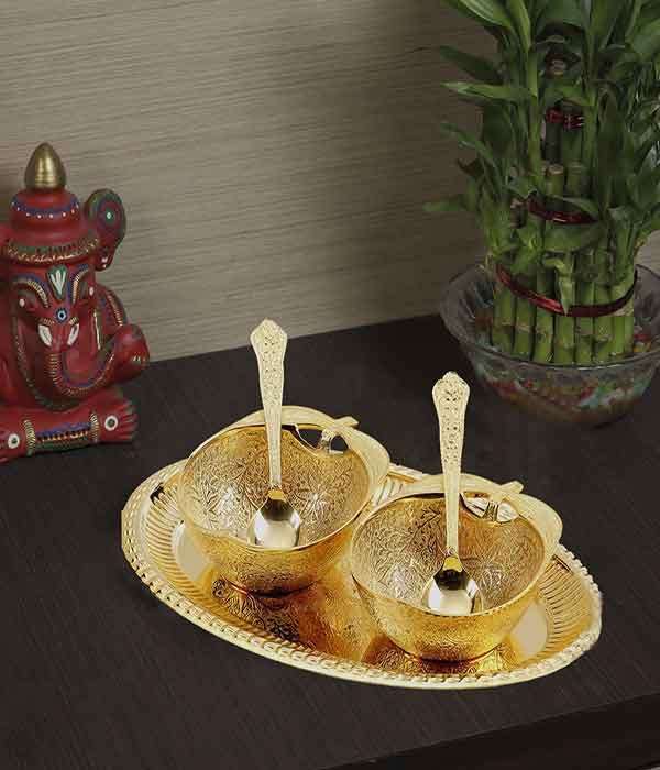 DI- Gold Plated Dessert Serving Set  .